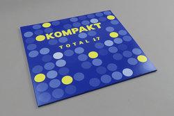 Kompakt: Total 17